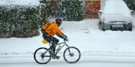 cyklista v zime