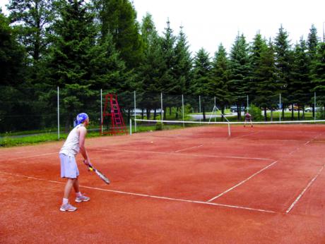 tenisovy-kurt
